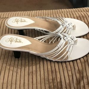 New Life Stride white leather sandals